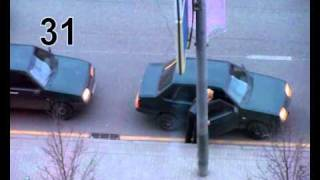 Девушка ловит такси, на Кутузовском.