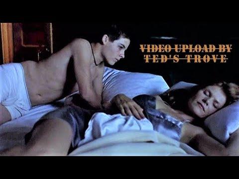 A Teenage Boy's Dilemma & Female Desire - KEVIN ZEGERS, LOLITA DAVIDOVICH