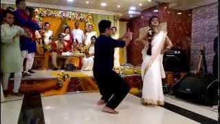 asho na .........valobasho na ...... dance performance @habib n sheuli's holud