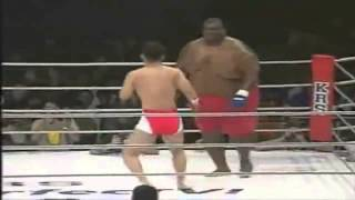 Бой без правил : Сумо против ММА / Sumo VS MMA