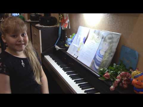 Музыкальная минутка\Фортепиано\Исполняет Серафима\Менуэт.Бах\Полька -мазурка.Остен.