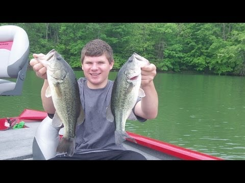 Spring Bass Fishing With Swim Jigs and Wacky Worms