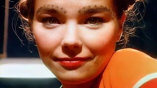 """Video thumbnail of """"björk : venus as a boy [surrounded]"""""""