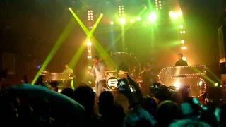 Chase and Status feat Tinie Tempah - Hitz (Live)