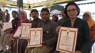 Kabar Sleman | Penyematan Satyalancana Karya Satya Bagi PNS Sleman