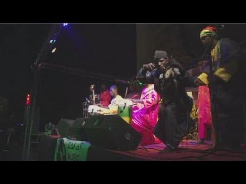 Dakar Festival blends with tradition