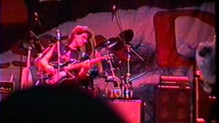 """John Kay (de Steppenwolf) joue """"Hold On"""" au Rock Fest de Mtl le 03 juin 1998"""