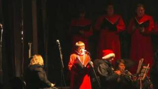 preview picture of video 'Carols at Warwick Castle 2009 (1 of 2)'
