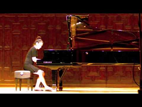 Julie Moon: Claude Debussy - La Cathedrale Engloutie