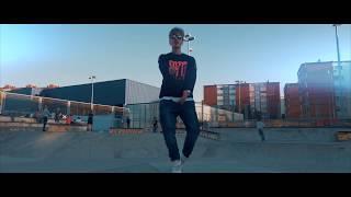 BLAKE - EN EL CLAVO [VIDEOCLIP OFICIAL]