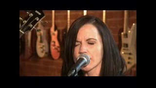 Dolores O'Riordan - Linger (Live at True Music on HDNet)