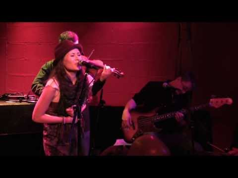 Shayna Zaid - It's You (live at Rockwood)