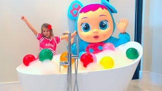 Katy open her first Magic shower