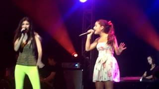 Виктория Джастис, LA Boys - Ariana Grande & Victoria Justice (Summer Concert Series Universal Orlando)