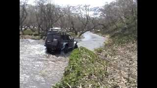 Плавающие авто на Камчатке.avi