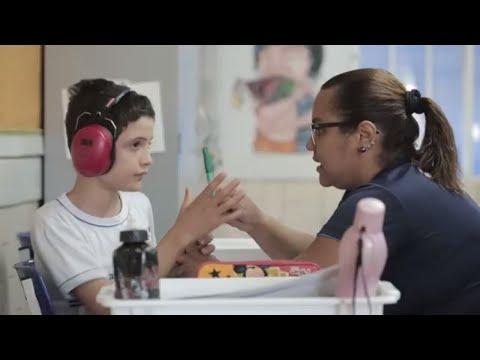 Representativas | Educação Especial - inclusiva ou separada? (com audiodescrição)