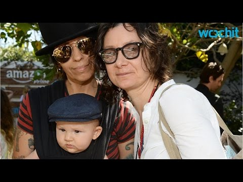 Sara Gilbert and Wife Linda Perry Attend Family Fun Day With the Kids