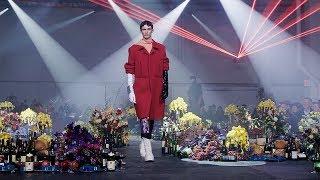 Raf Simons   Fall Winter 2018/2019 Full Fashion Show   Exclusive