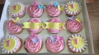 DECORATING: 1st Birthday Cupcakes.