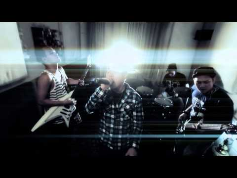 BLUNT CONCEPT - Scarred Soul (Official Music Video) (2014)