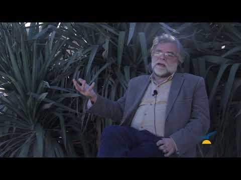 Néstor López:  -