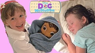 Playing Doc McStuffins Bedtime Routine Sisters Pretend Playtime Fun Video Disney Toy Collector