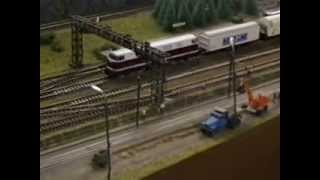preview picture of video 'Modellbahnclub Zittau - ZiMec - Ausstellung der H0 Clubanlage in den 90ern'