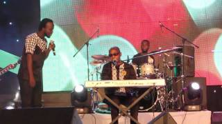 Kwadwo Akwaboah Snr & Akwaboah Jnr perform 'Hini Me' @ Lord of the Ribs