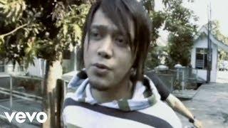 Lirik Lagu dan Kunci (Chord) Gitar Vagetoz - Kehadiranmu