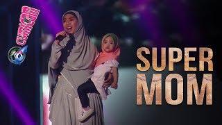 Di Malaysia, Oki Setiana Dewi Nyanyi Sambil Gendong Anak - Cumicam 24 Mei 2017
