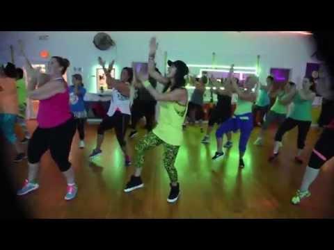 Zumba® Choreography to **Kukere** by **Iyanya**
