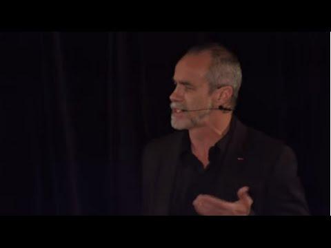 TEDxPanthéonSorbonne Est-ce ainsi que les Hommes vivent ? Carlos Moreno