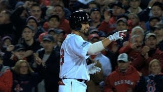 WS2013 Gm6: Fans 'feel all right,' Victorino doubles