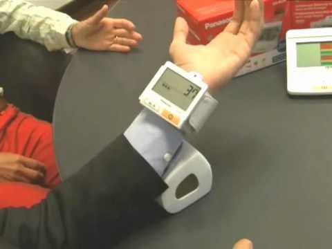 Pressione arteriosa: come funziona il misuratore a polso