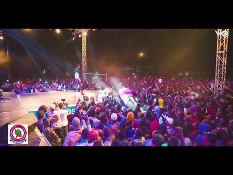 Diamond Platnumz - Performing live  Wasafi Festival Dodoma ( INTRO )