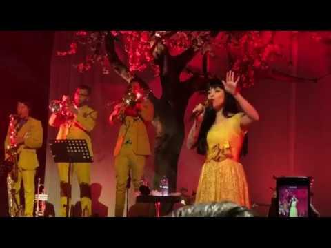 Mon Laferte - Antes de Ti (concierto en vivo, nueva canción)