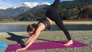 10 Minute Yoga Class for Snowboarders