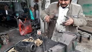 How to rebuild a steering shaft with small tools in pakistani Truck Workshops