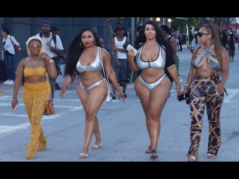 Memorial Weekend '17 No Plastic Surgery Natural Curves On ...