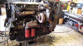 1997 Detroit Diesel Series 60 DDEC IV 12.7L Engine Running