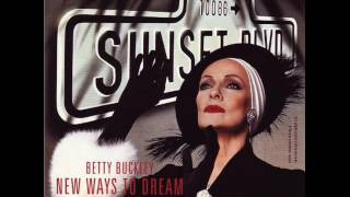 Betty Buckley sings Surrender in Sunset Boulevard