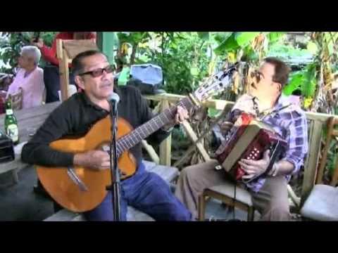 CUATRO PERSONAS canción tradicional
