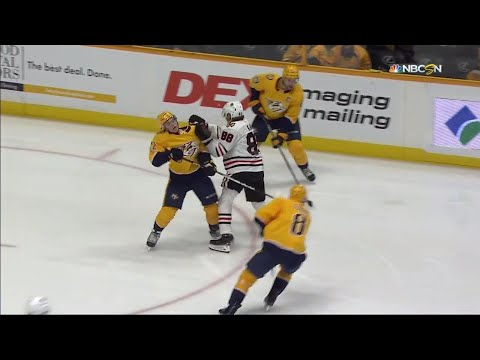 Gotta See It: Blackhawks' Kane vicious cross-check to Fiala's face