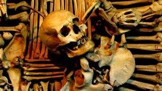 preview picture of video 'Macabre Human Bone Church of Sedlec, Czech Republic'