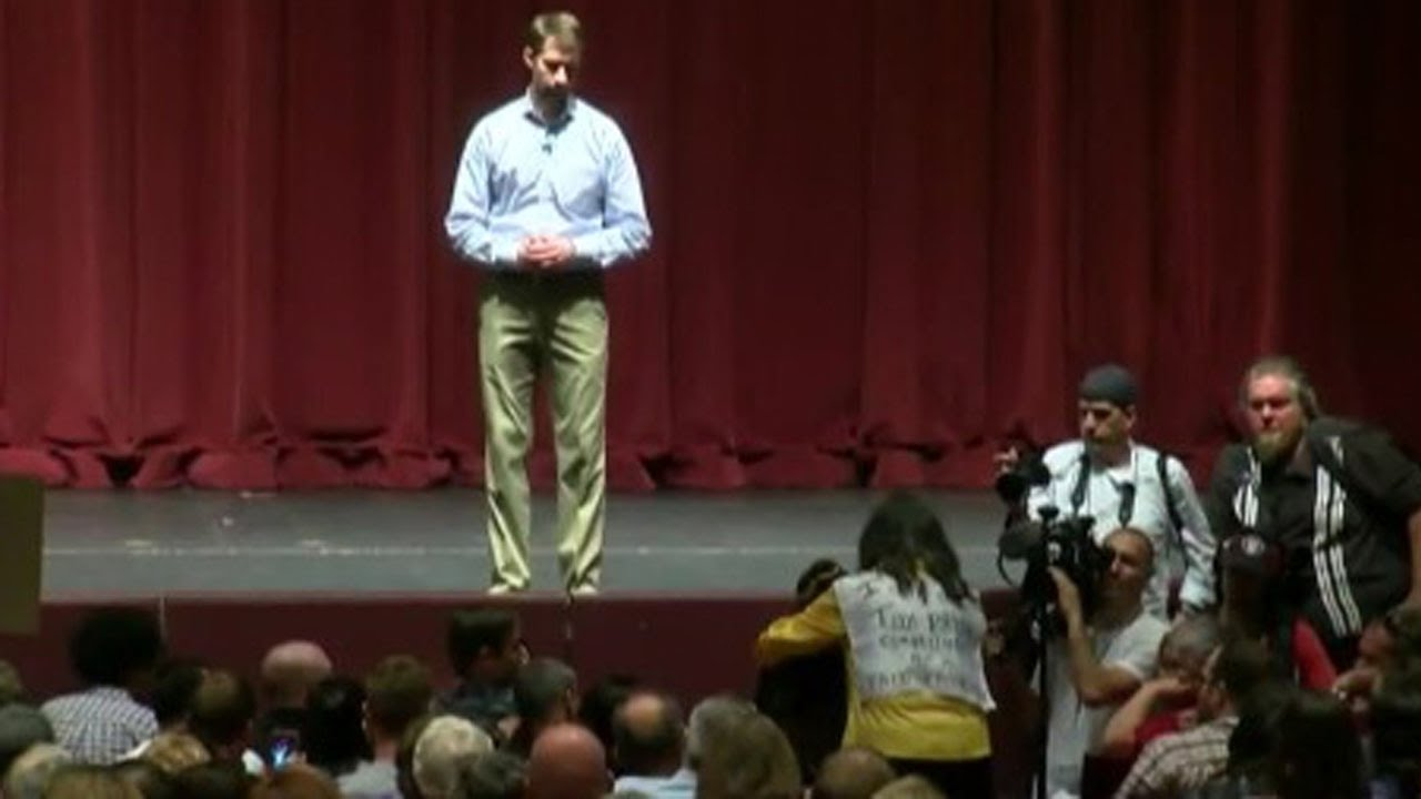 Republican Senator Gets WRECKED By His Constituents (VIDEO) thumbnail