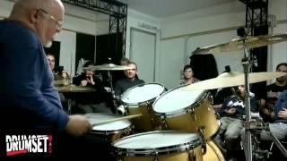 Ellade Bandini spiega l'arrangiamento di Jamin-a - Didattica - Tutorial (n. 4 di Drumset Mag)