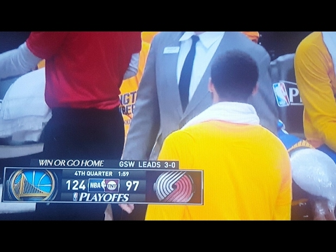 Golden State Warriors Sweep Blazers In 1st Qtr