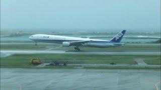 B777-300VERYLOWGo-Around台風8号那覇空港でゴーアラウンド3連続!ANAタッチダウン寸前