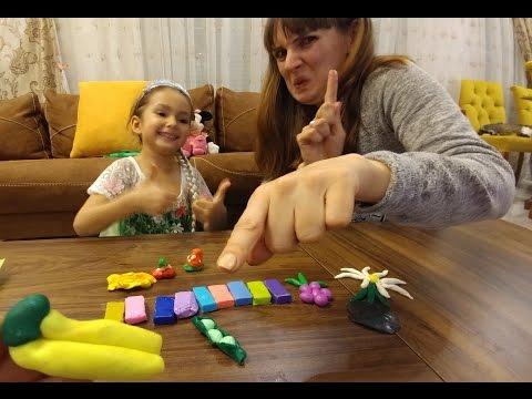 Kraliçe elsa slime diye aldığımız enteresan macunlarla oynuyor, eğlenceli çocuk videosu