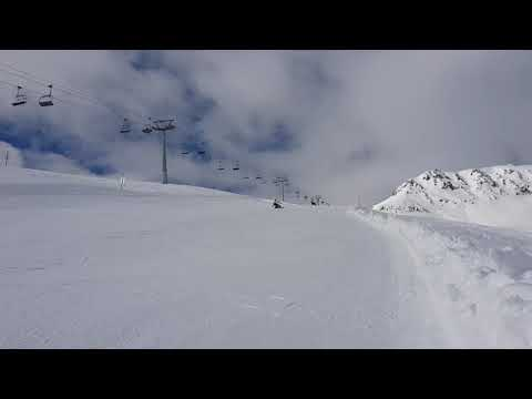 Riding alpine snowboard ! Perfect slopes in Scuol Switzerland